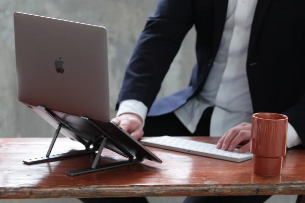Faltbarer Laptop-Ständer